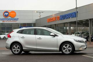 Ken Gibson reviews the VOLVO V40