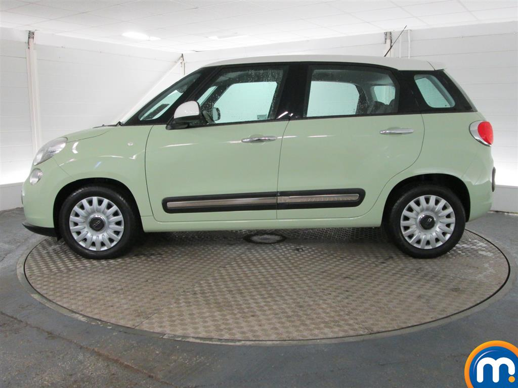 used or nearly new fiat 500l 0 9 twinair easy 5dr vocal. Black Bedroom Furniture Sets. Home Design Ideas