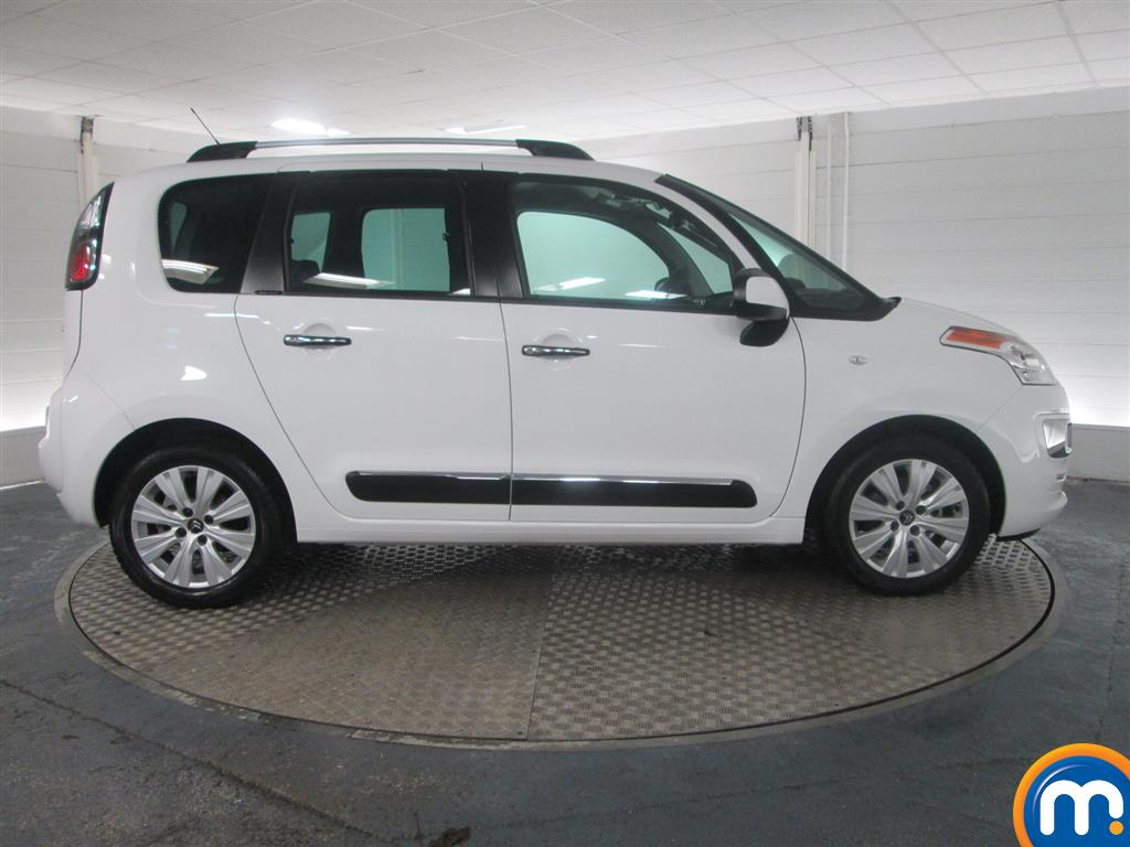 used or nearly new citroen c3 picasso 1 6 bluehdi exclusive 5dr white for sale in peterborough. Black Bedroom Furniture Sets. Home Design Ideas