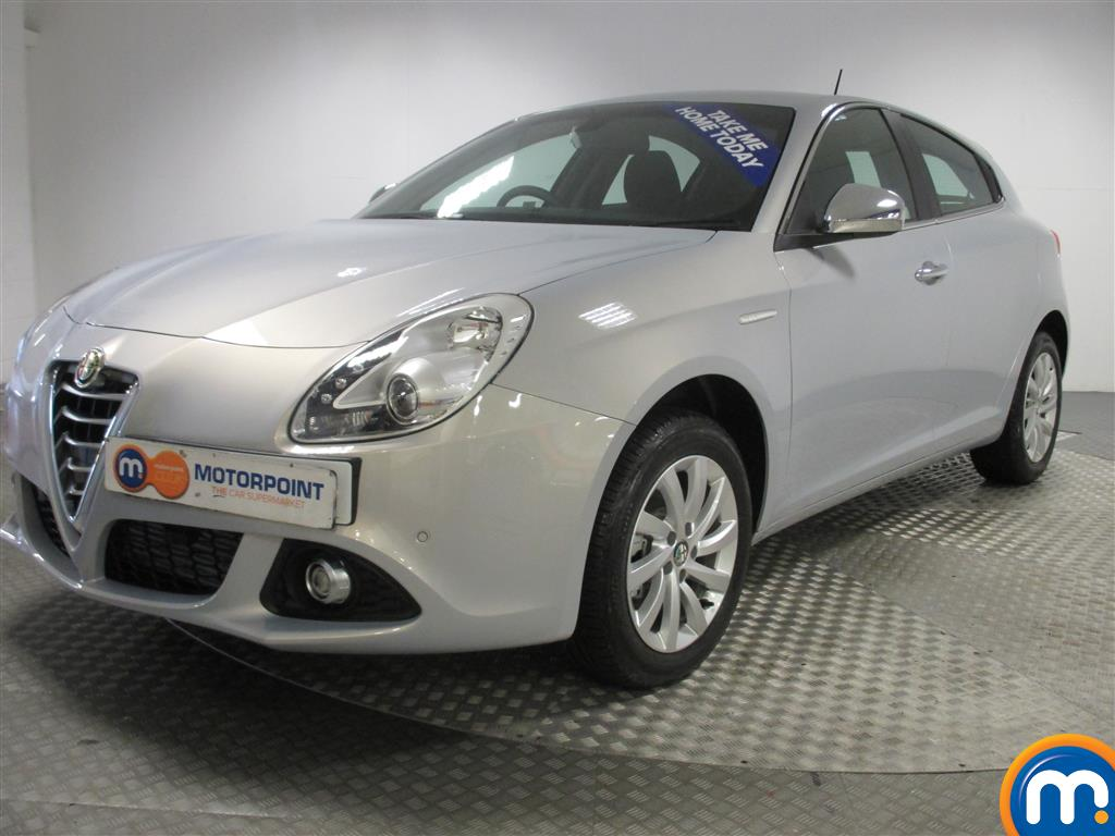 used or nearly new alfa romeo giulietta 2 0 jtdm 2 business 5dr silver for sale in birmingham. Black Bedroom Furniture Sets. Home Design Ideas