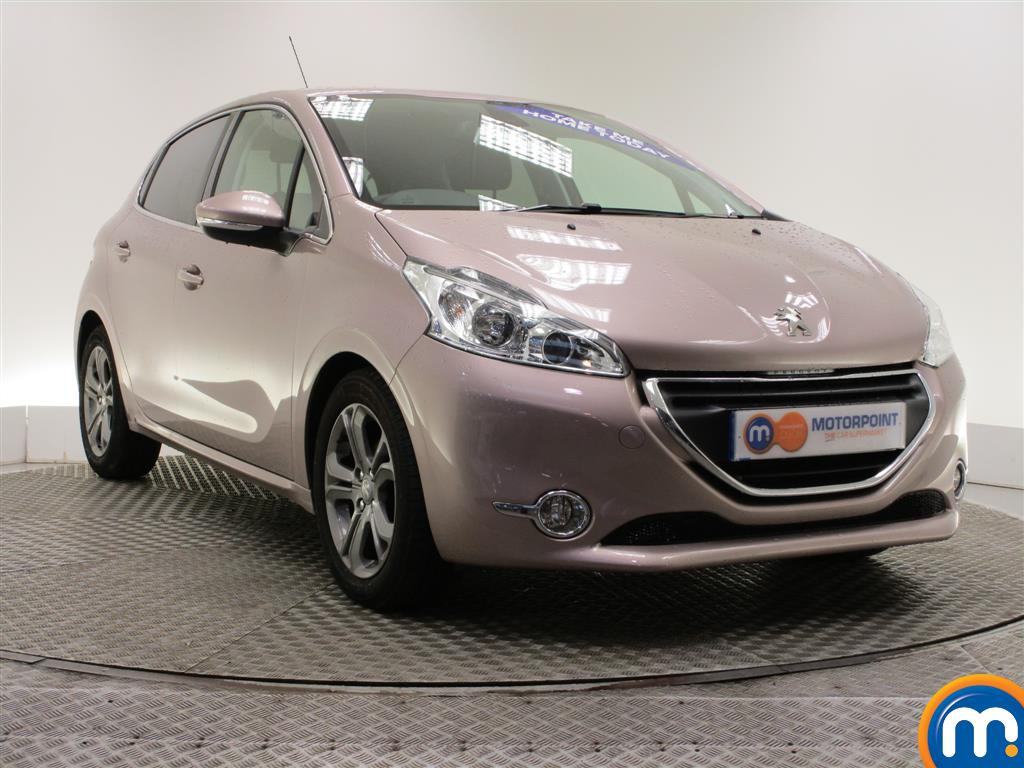 used or nearly new peugeot 208 1 6 e hdi allure 5dr pink for sale in burnley motorpoint. Black Bedroom Furniture Sets. Home Design Ideas
